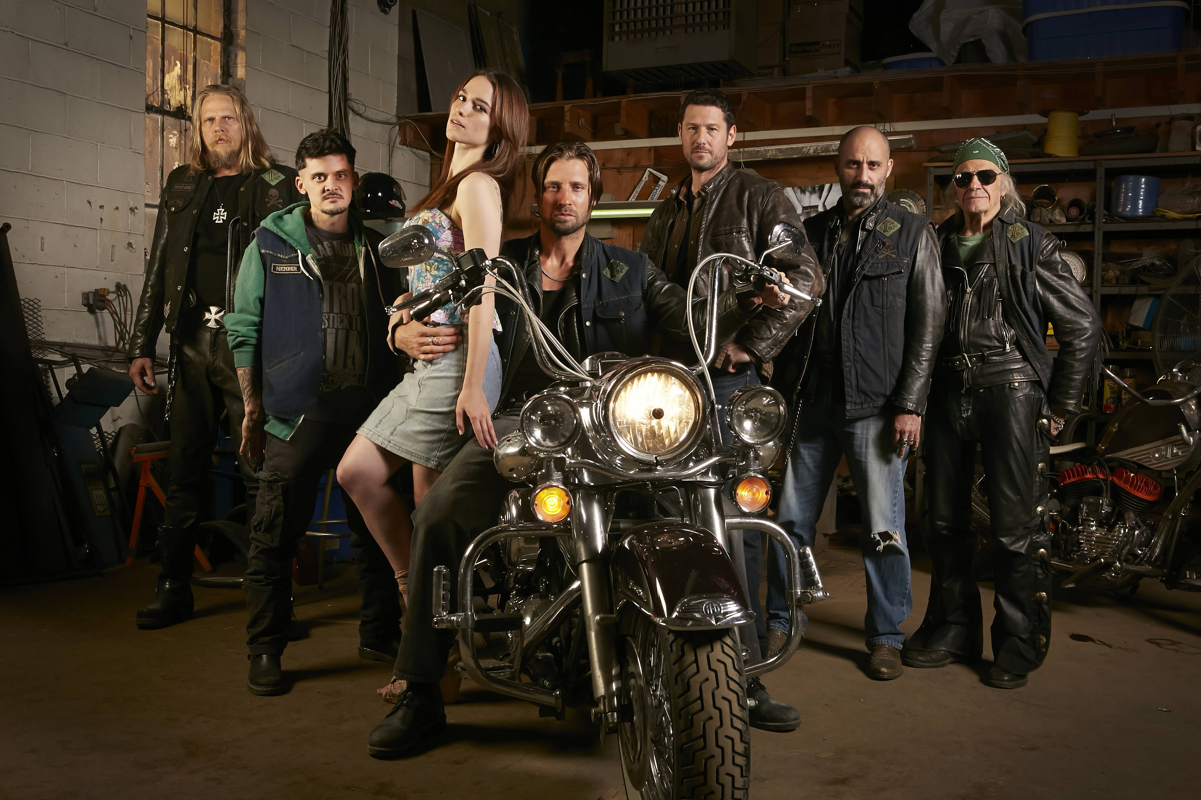 GANGLAND UNDERCOVER - Series 1, Gallery
